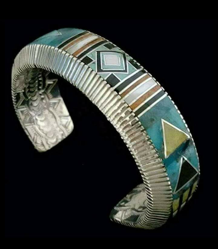 Geometric Design Inlay Bracelet