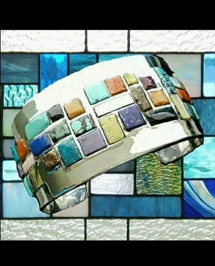 Classic Osavio Textured Multi-color Stained Glass Design Cuff
